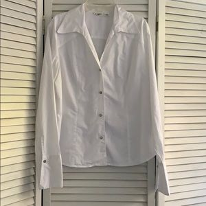 EUC Cato blouse with sparkle buttons. Large
